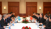 Chinese premier pledges to strengthen cooperation with Kazakhstan, Mongolia