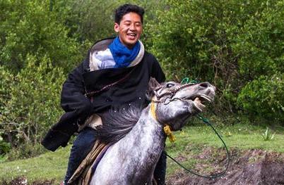 五年,四個藏族牧民家庭的攝影紀實