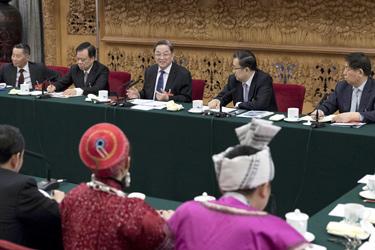 俞正聲參加貴州代表團審議
