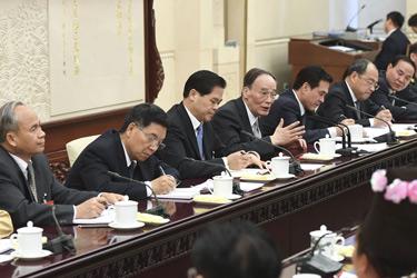 王岐山參加雲南代表團審議