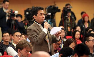 日本朝日新聞記者提問