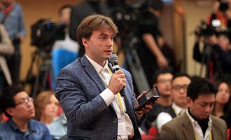 俄通·塔斯社記者提問