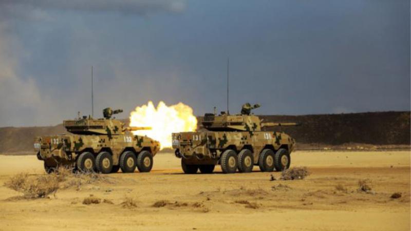 我驻吉布提保障基地组织火炮实弹射击训练
