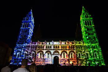 匈牙利佩奇市的燈光節掠影
