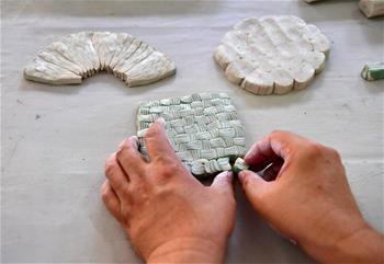 """絞胎瓷:""""編織""""出來的瓷器"""