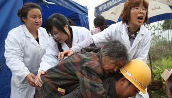 Death toll rises to 179 in China quake