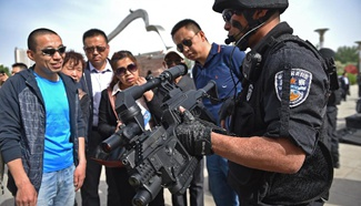 Anti-terror equipment display event opens in downtown Yinchuan