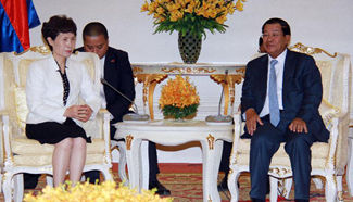Cambodian PM meets with Chinese vice minister of commerce in Phnom Penh
