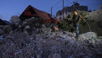 Israeli bulldozers demolishes Palestinian house in West Bank