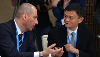 Chinese, Russian entrepreneurs hold round-table discussion at 2nd WIC