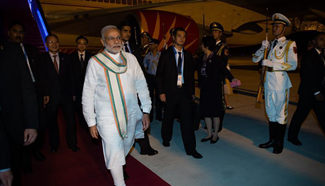 Indian PM Narendra Modi arrives in Hangzhou for G20 summit