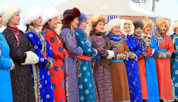 Folk customs seen in winter Nadam in N China's Inner Mongolia