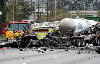 One killed, 9 injured in road accident in Los Angeles, U.S.