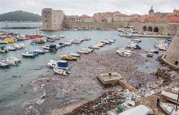 Strong wind brings huge piles of garbage to Dubrovnik, Croatia