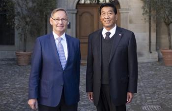 Chinese NPC Tibetan delegation visits Switzerland, recounts development in Tibet