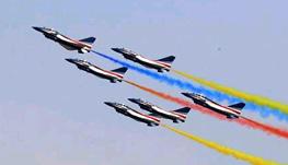 """中国航展:把""""中国创造""""大写在蓝天上"""