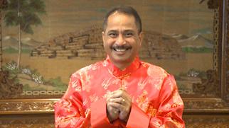 印尼旅遊部部長阿裏夫·亞赫雅給網友拜年