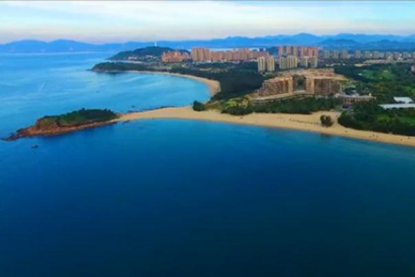 海南陵水:送你一个北纬18度的秋天
