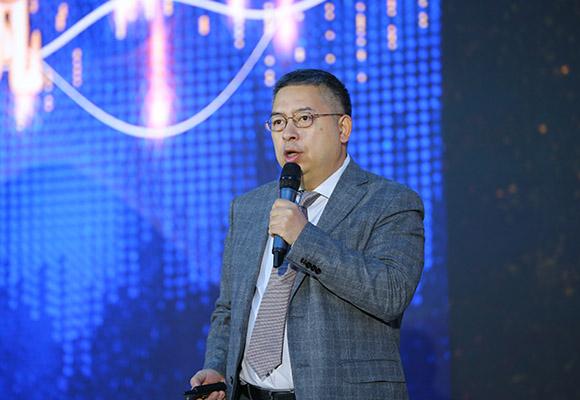 萬達商管集團首席總裁助理兼招商中心總經理王銳做項目推介