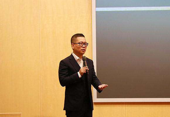 上海清軒生物科技有限公司董事長兼總裁、林清軒品牌創始人孫來春做主旨演講