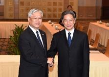 國臺辦主任張志軍與夏立言舉行工作會面