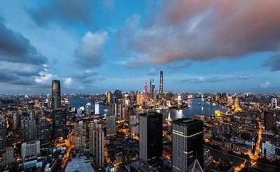 """上海發布實施55條措施努力為臺企臺胞提供""""同等待遇"""""""