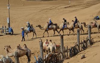 沙漠景區進入旅遊旺季