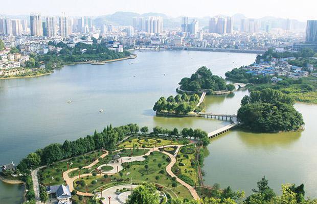 兩岸人士領略大陸城市風採 共享發展活力和商機