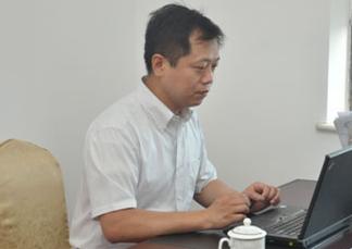 """""""我成了新上海人""""——訪華東師大臺籍副教授陳弘信"""