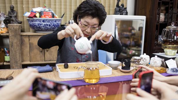 臺灣制茶師左如玉:茶心融合兩岸