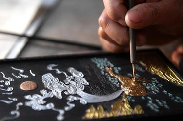 探秘徽墨传统制作工艺