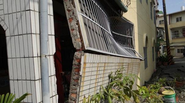 臺南震後土地液化嚴重 民宅下陷1米半