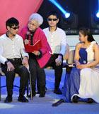 """""""折翼天使""""山水樂團:在北京西山腳下翠湖北路上的一個小院裏,有一個由15位80後、90後殘疾人組成的""""山水樂團"""",自樂團組建以來,取得了優異成績,為了實現心中那個夢,他們一直努力著……"""