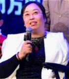 輪椅上的創業者——謝芳麗:車禍讓她僅剩右臂,但她毅然選擇艱苦創業。事業成功後她用愛心回饋社會,用經歷喚醒迷途的人。她是綻放在輪椅上的創業玫瑰——謝芳麗。