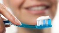 長期橫著刷牙牙齒會斷?