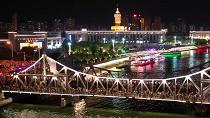 航拍:萬人觀橋璀璨津夜