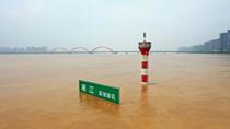 長江發生今年第1號洪水 沿江各地全力做好洪水防禦