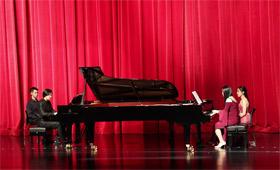 著名鋼琴家鐘聽、王冠文公益鋼琴音樂會在合肥上演