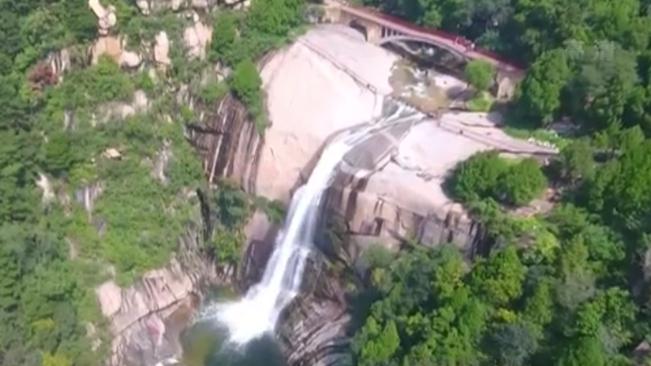 泰山:今年首次出現龍潭飛瀑、雲龍三觀奇觀