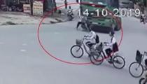 貨車撞人 男孩被卷車底奇跡生還
