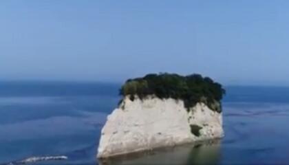 遺憾!臺風過境 日本小島沉沒