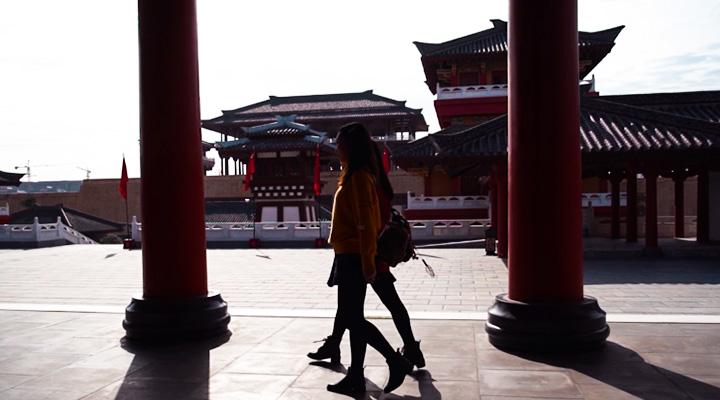 Vlog丨小姐姐帶你乘漢十高鐵打卡沿線美景