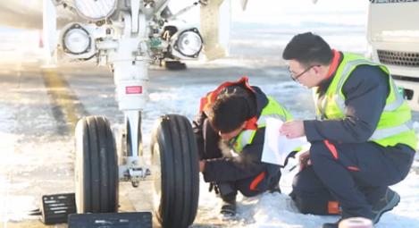 """在零下20度工作的""""飛機醫生"""""""