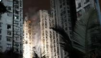 重慶:一居民樓發生火災 明火已被撲滅