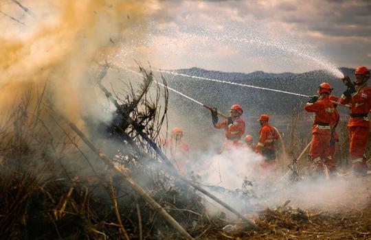 超燃!直擊雲南森林草原火災應急處置聯合實戰演練