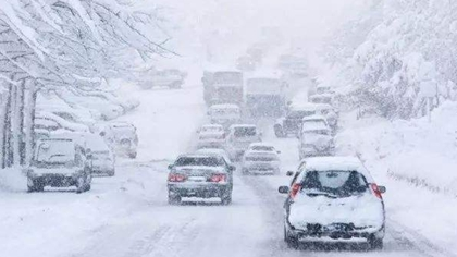 加拿大:狂風暴雪來襲 多個城鎮進入緊急狀態