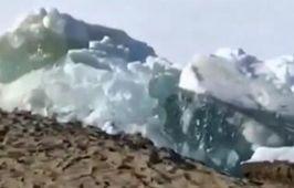 回溫冰消事故多 冰塊聳立涌上岸