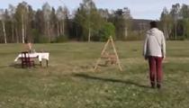 瑞典推出野外一人餐廳 用繩索和籃子上菜