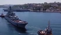 俄羅斯:海軍節臨近 多地舉行海上閱兵彩排