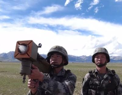 海拔4500米 第77集團軍某旅跨晝夜實彈考核